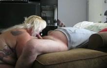 Fat amateurs making a sex tape