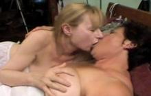 Amateur lesbians at home