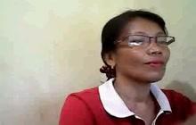 Mature Filipina teases on cam